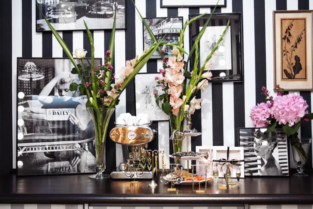 Flower Desk by Phil Halfmann
