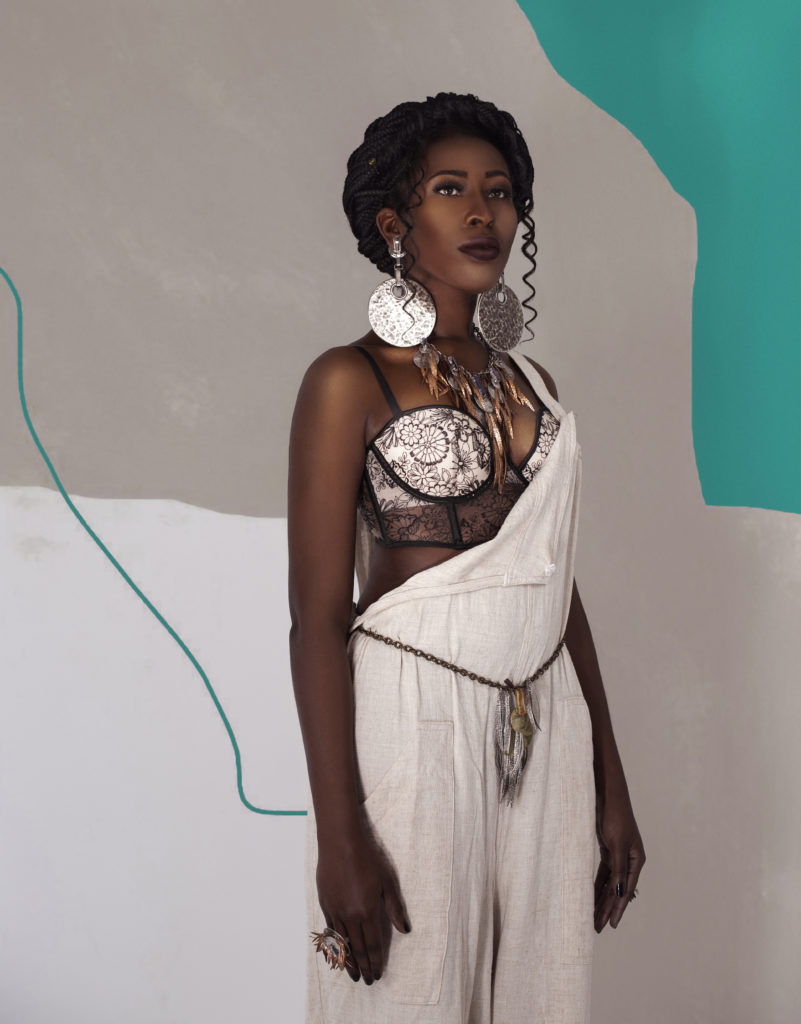 Black girl in jewelry as an example for how Sustainable Fashion in India is Making a Real Impact on the Industry